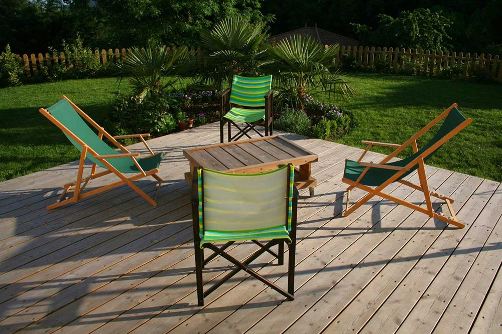 Terrasse bois ain for Espace vert lyon