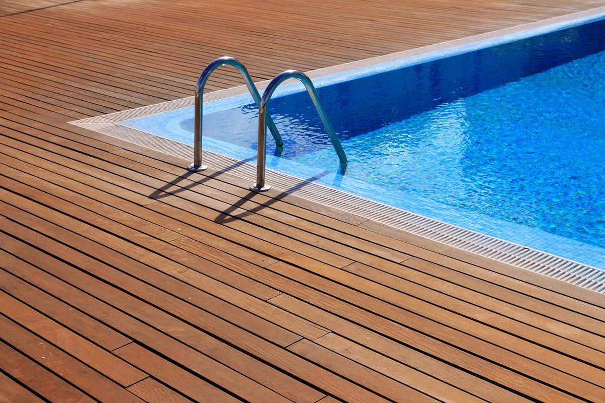 terrasses bois et composite artemis paysage am nagement espaces verts cr ation d 39 espace. Black Bedroom Furniture Sets. Home Design Ideas