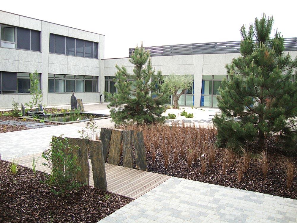 Dalage et pavage cours et terrasses artemis paysage for Espace vert terrasse